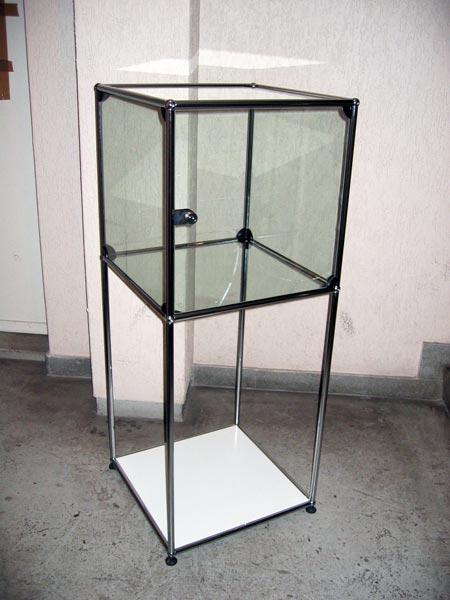 Occasion USM Glasvitrine mit Glastüre